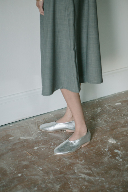 Solid State Metallic Slip On Shoe