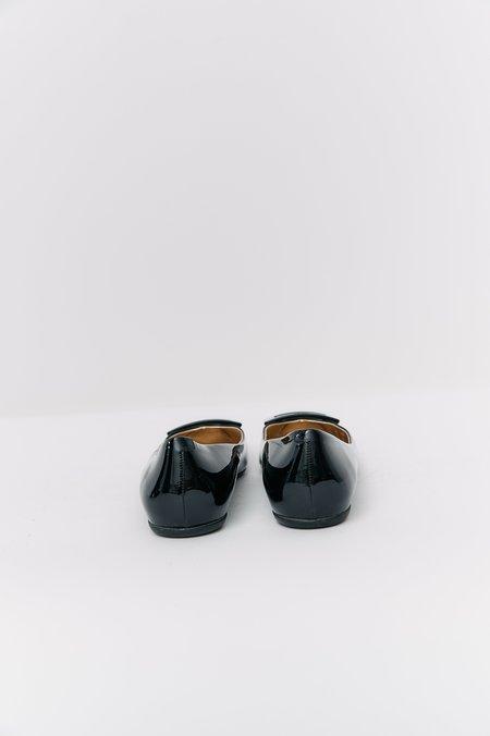[Pre-Loved] Roger Vivier Patent Leather Flats - Black