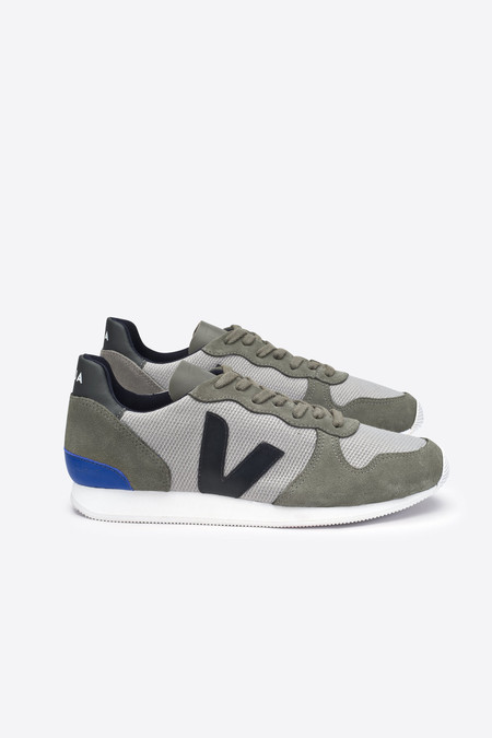 VEJA Holiday Mesh Sneaker in Silver/Grey/Black