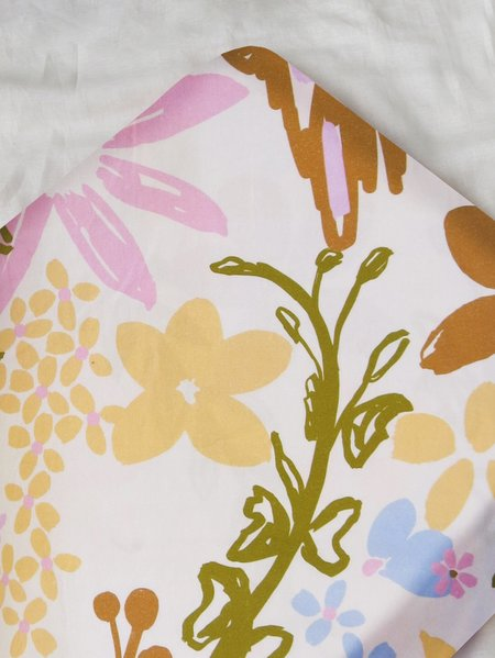 Mosey Me Garden Fitted Cot and Bassinet sheet