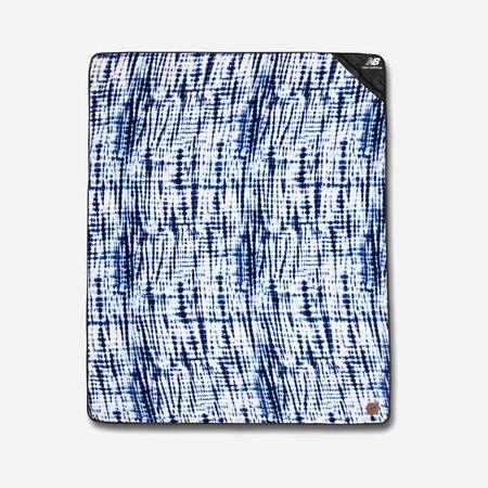 Slowtide New Balance Camp Blanket - blue/white
