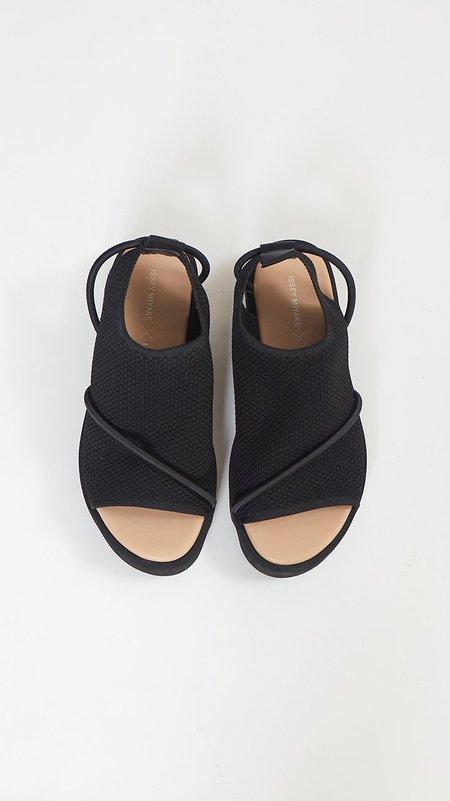 Issey Miyake x United Nude Bind Platform Sandals - Black