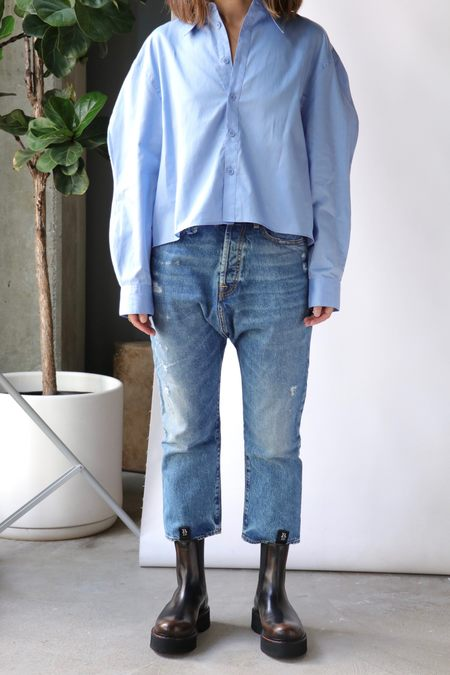 Tibi Miles Shirting Scallop Sleeve Cropped Boyfriend Shirt - Chambray Blue