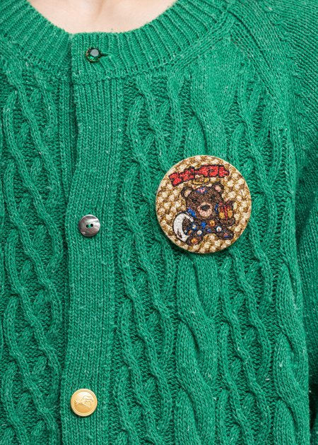 Doublet Embroidery Badge - Gold