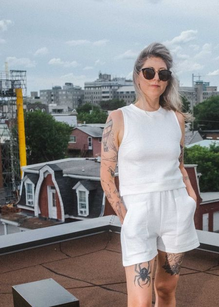 Odeyalo Mollo Shorts - White