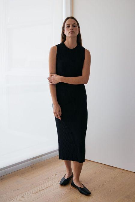 Lois Hazel Pillar Tank Dress - Black
