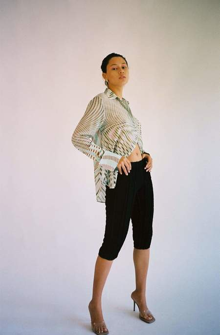 Helena Manzano 3D Stripe Capri Pant - BLACK