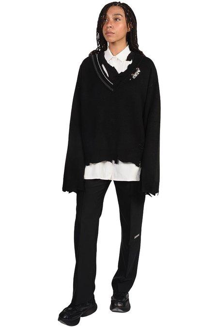 C2H4 Distressed Knit Sweater - Black