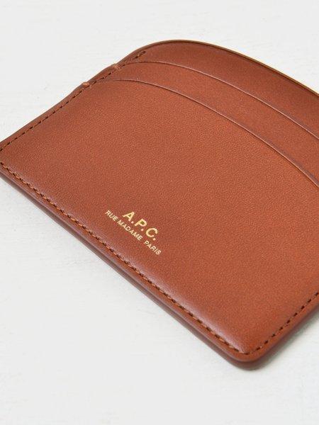 A.P.C. Porte Carte Demi Lune CAD NOISETTE Bag