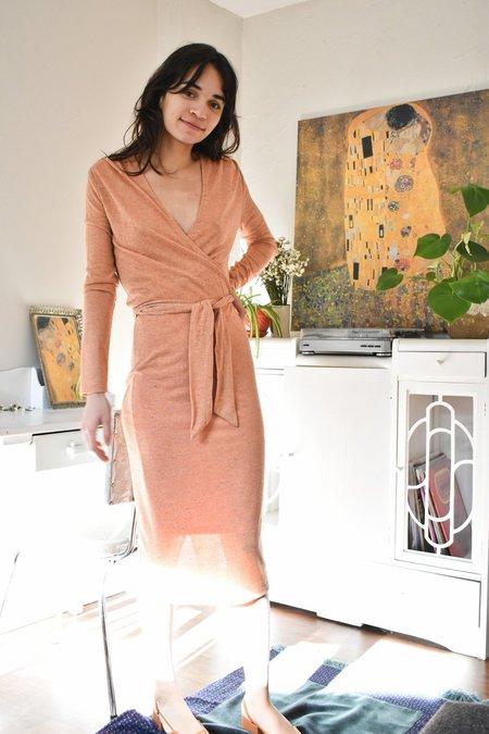 Eve Gravel Mad Desire Dress - Pamplemousse