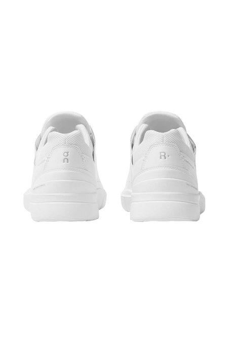 ON Running Mens The Roger Advantage sneaker - White