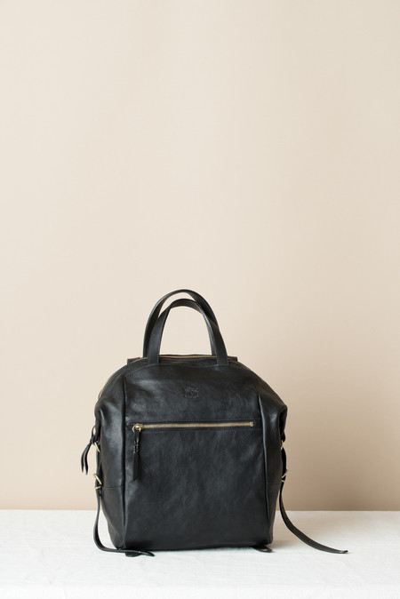 Il Bisonte Bucket Backpack In Vintage Black