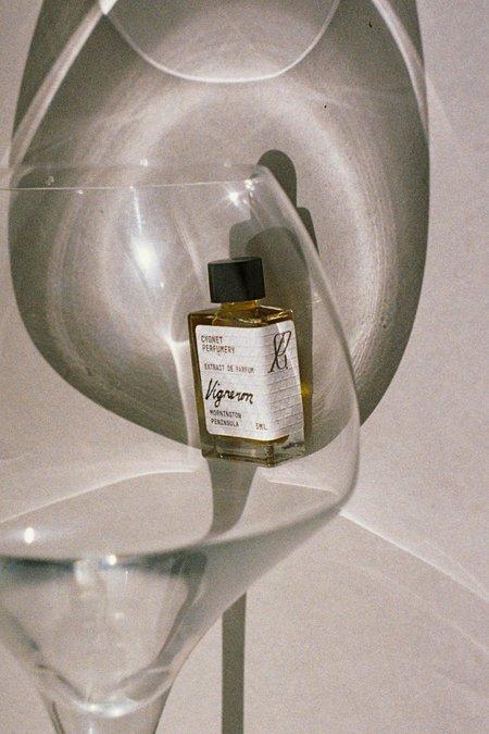 BEFORE MARCH Vigneron parfum extrait