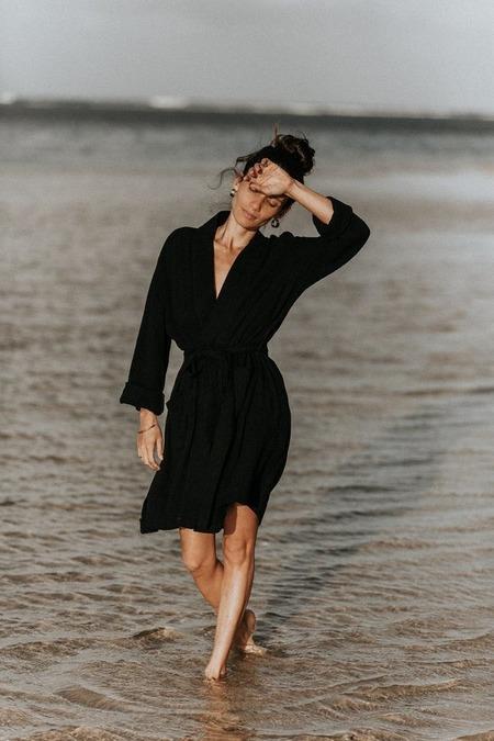 Bahhgoose Ouna Signature Robe Wrap - Black