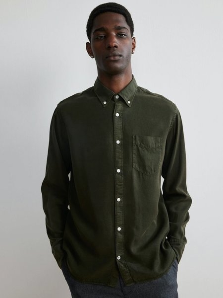 NN07 Levon Shirt - Dark Army