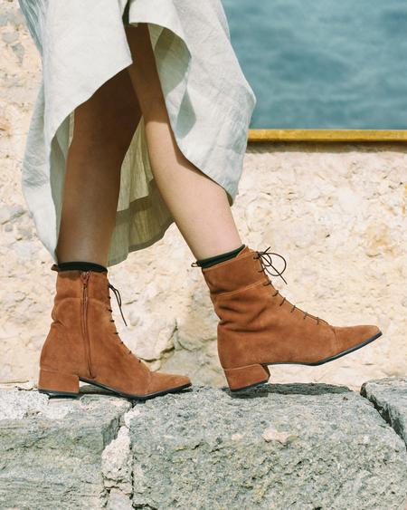 Naguisa Buran boots - Brick