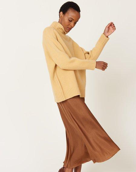 Demy Lee Mandy Turtleneck Sweater - Banana