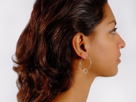Folkdays x El Puente classic hoops with ring Earrings - silver