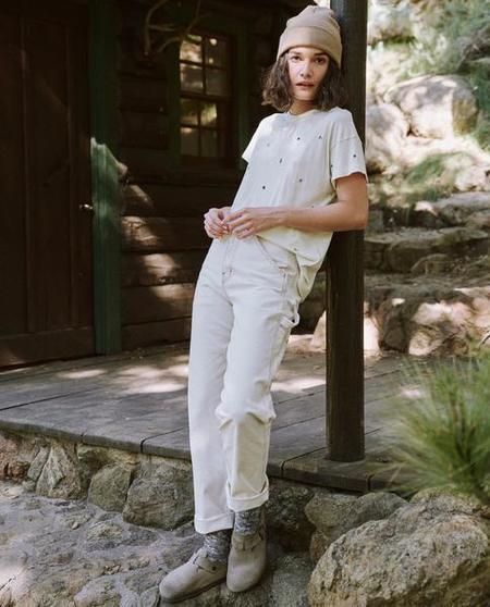 The Great. The Boxy Crew Ditsy Floral Embroidery top - Washed White