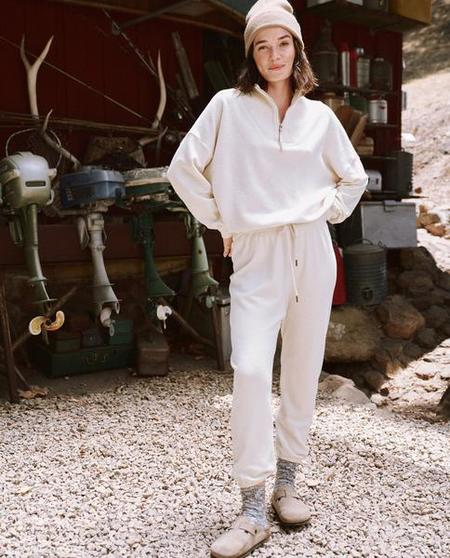 The Great. The Trail Sweatshirt - Washed White