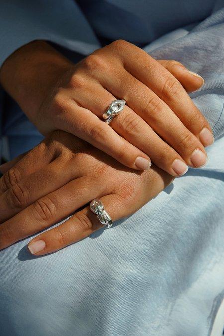 Hana kim Big embrace ring - silver