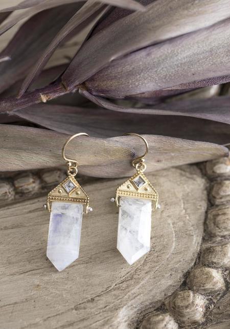 Lulu Designs Vermeil and Moonstone Neptune Earrings - Gold
