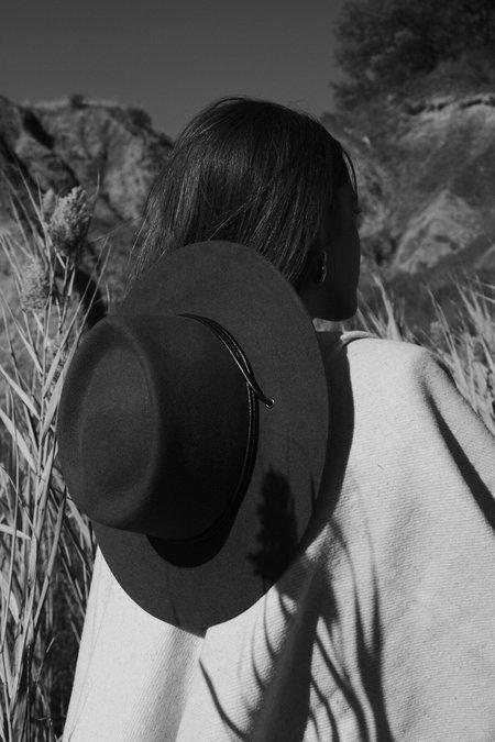 Officina del Poggio Doria1905 O'Keeffe Hat - Black