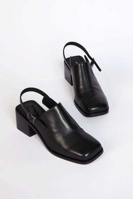 """""""INTENTIONALLY __________."""" MARTY 2 shoes - Black"""