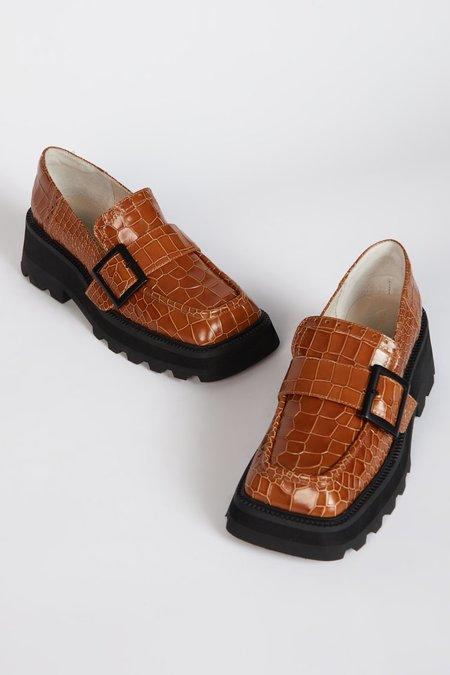"""INTENTIONALLY __________."" TORONTO shoes - Tan"