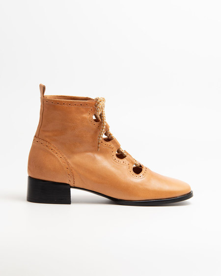 Naguisa Elur boots - Natural