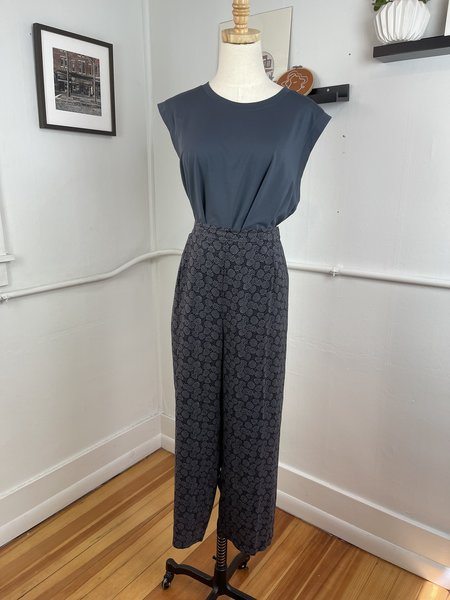 [pre-loved] Vince. Patterned Silk Trousers - grey/blue