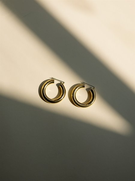 Laura Lombardi Round Hoops - Gold
