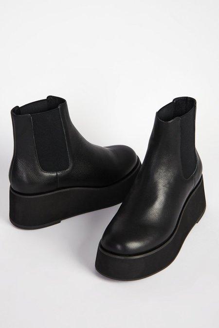 """INTENTIONALLY __________."" HAMMER boots - Black"