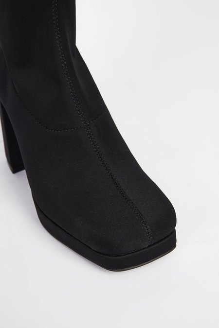 """""""INTENTIONALLY __________."""" WHO ME boots - Black"""