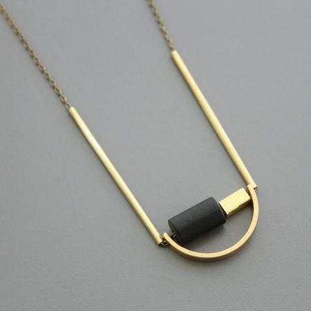 David Aubrey Inc Black Agate and Mini Arch necklace - brass
