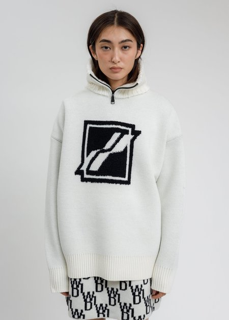 we11done  Square Logo Pile Knit Jumper - White