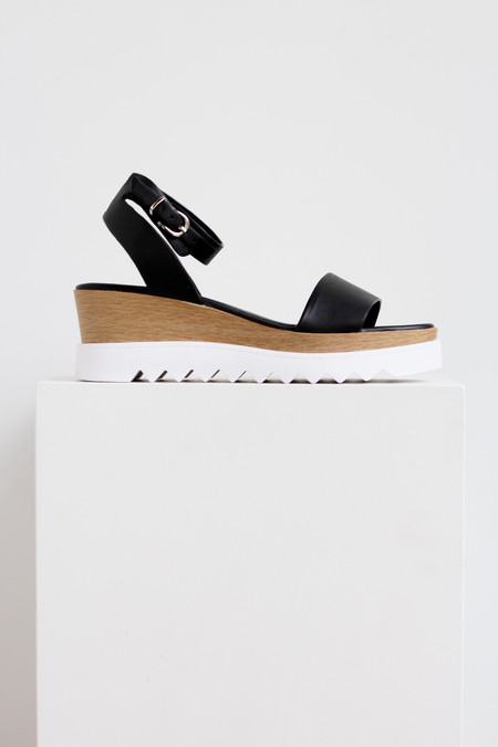 Sol Sana Tray wedge sandal in black
