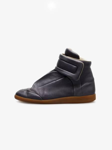 [Pre - Loved] Maison Margiela Metallic Hi Top Leather Sneakers - Gray