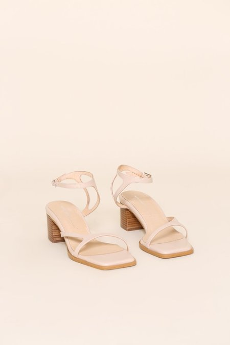 """""""INTENTIONALLY __________."""" FAN sandals - Clouds"""
