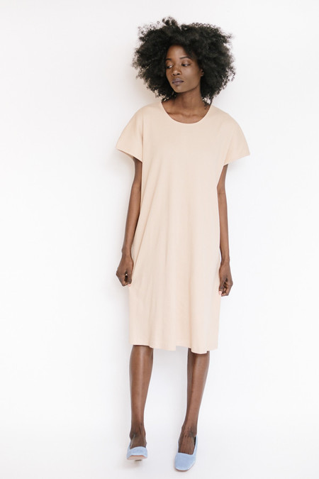 Revisited Matters Rib T-Shirtdress / Beige Pink