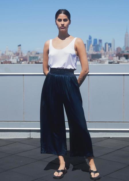 Athena Newton Cropped Silk Charmeuse Wide Pants - Navy