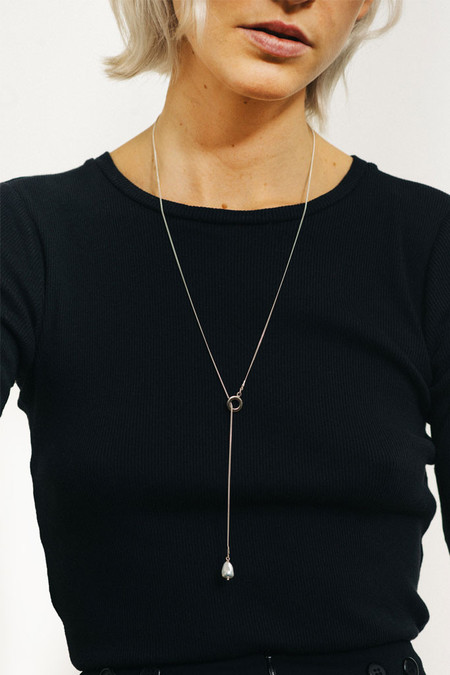 Wolf Circus Pearl Lariat | Silver