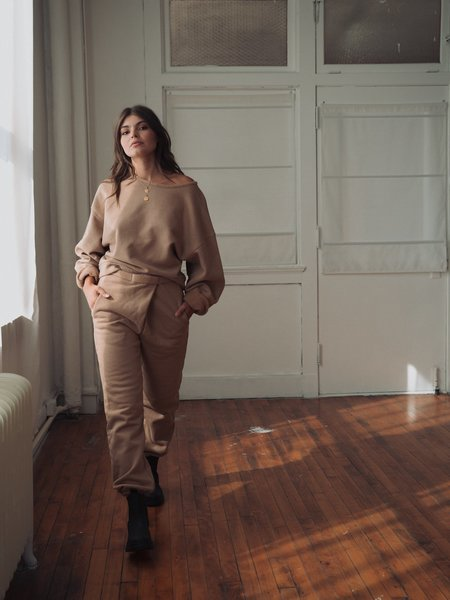 Atelier Delphine Rolled Over Sweatpants - Almond