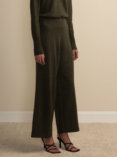 PURECASHMERE NYC Loose Fit Pants - Military