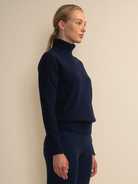 PURECASHMERE NYC Turtleneck Sweater - Navy