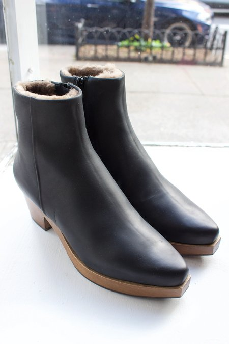 Coclico Keep Clog Boot - black