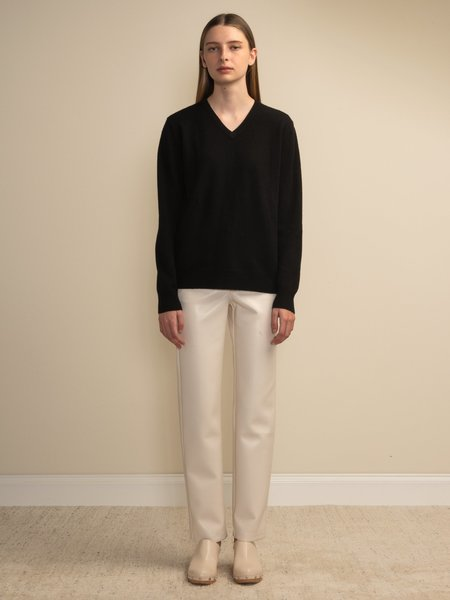 PURECASHMERE NYC V Neck Sweater - Black