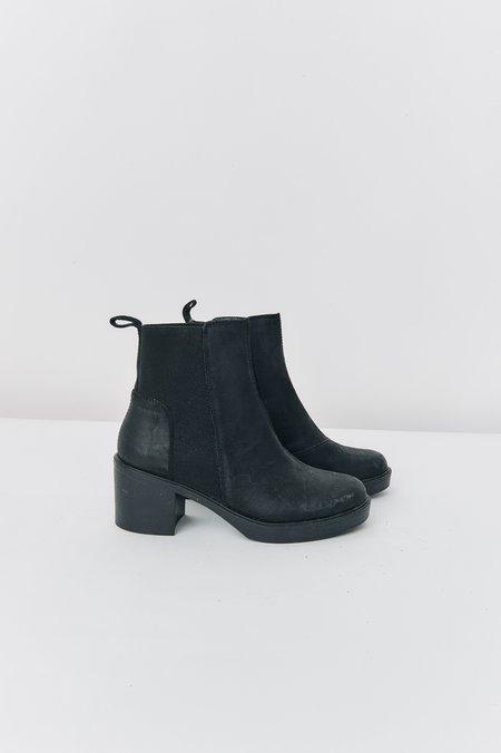Vagabond Leather Chelsea Boots - Black
