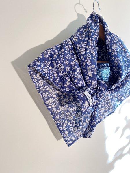 ICHI ANTIQUITES Linen Floral Pattern Stole