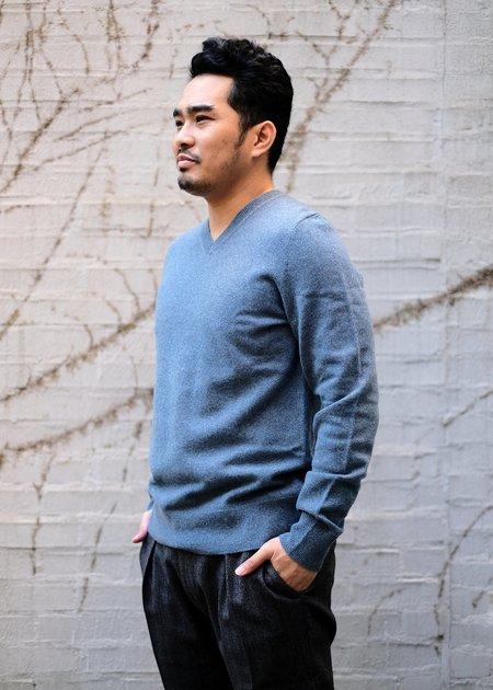 Trumbull Rhodes V Neck Sweater